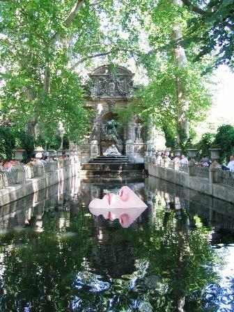 Paris, juillet 2006.